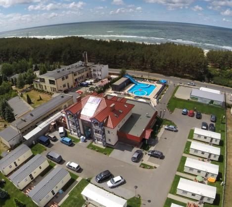Rodzinny ośrodek z basenem nad morzem